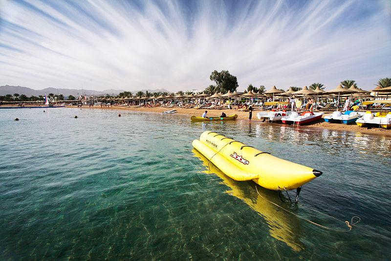 800px-Sharm_El_Sheikh._Naama_Bay.